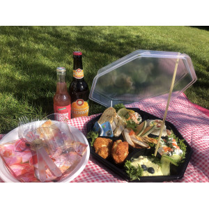 Picnic to-go